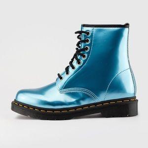Dr martens airwair teal boots 7